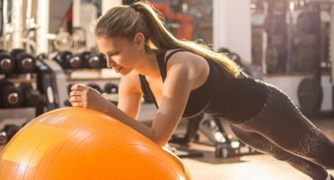 benefits-of-using-a-stability-ball-in-your-training